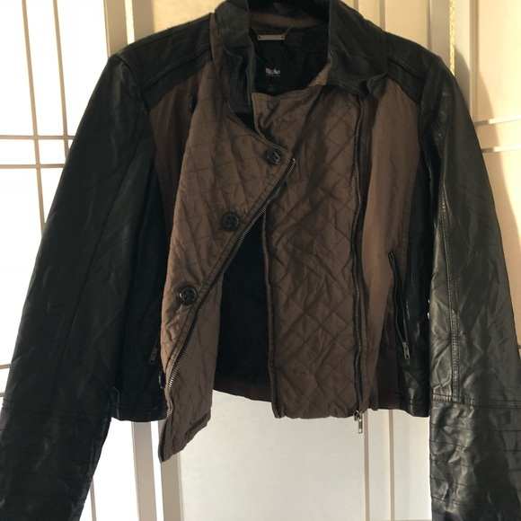 Mossimo Supply Co. Jackets & Blazers - 🌷Quilted brown a black moto style jacket. Size L